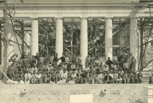 The marble carvers, carpenters, and workers who participated in the reconstruction of the Stoa of Attalos, 1955.