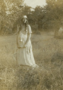 Zillah Pierce Dinsmoor, ca. 1910