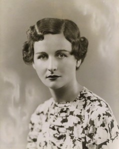 Nancy Mitford, 1932