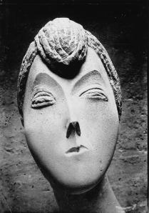 Constantin Brancusi's  Portrait De Femme (La Baronne Renée Frachon), 1909 (now lost.