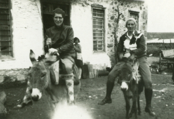 Gladys Davidson (Weinberg) and Sally Freeman, two of Mary Ross's excavation mates in 1931 (ASCSA Archives, Saul and Gladys Weinberg Papers)