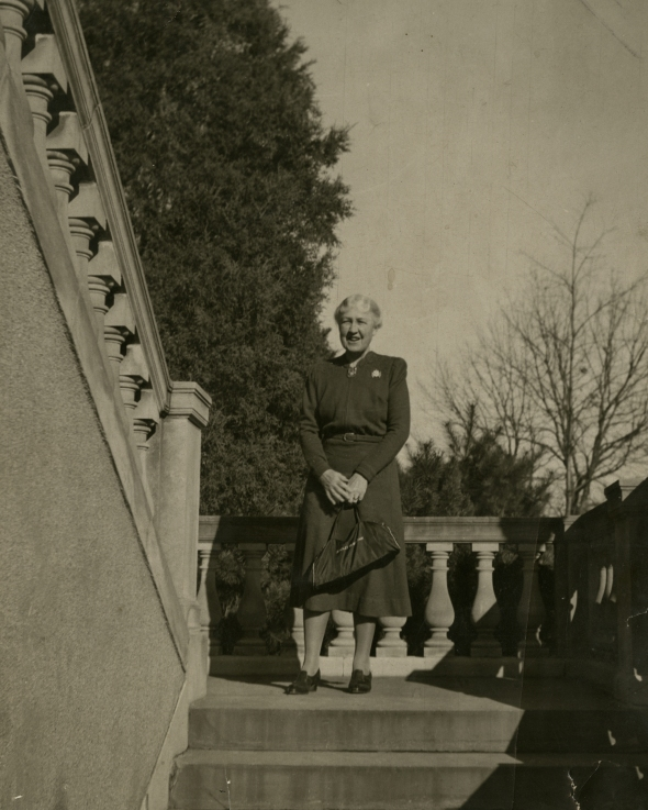Ida Thallon Hill shortly before her death (ASCSA Archives, Ida Thallon Hill Papers)