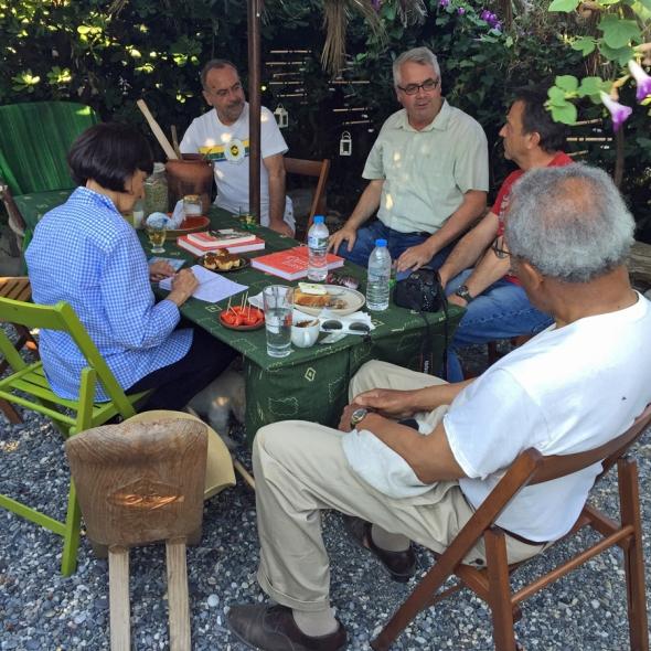 Madhur Jaffrey in Ierapetra enjoying one of Jerolyn's meals with Cretan friends
