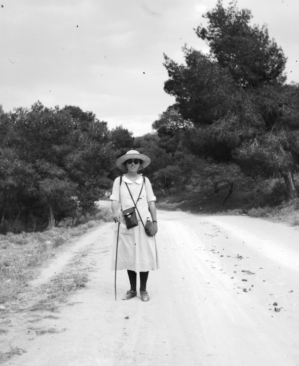 Dorothy Burr always carrying her camera, ca. 1924.