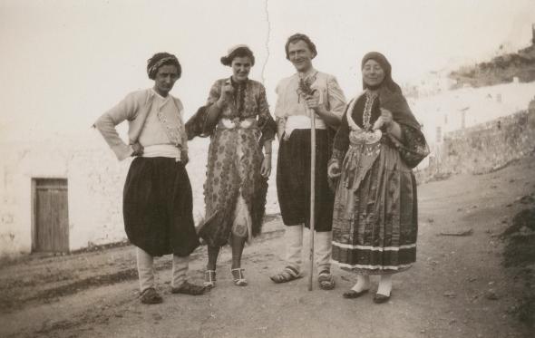 Georg von Peschke, Carol Bullard, Richard Howland, and Faltaina Peschke, ca. 1935. ASCSA, Richard H. Howland Photographic Collection.
