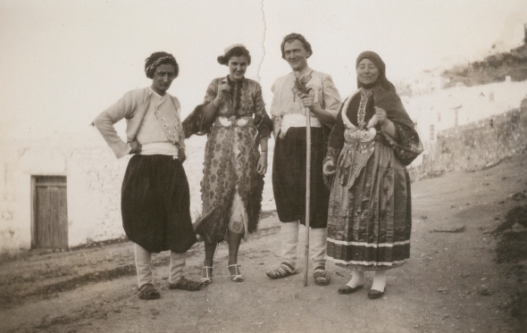 Georg von Peschke, Carol Bullard, Richard Howland, and Faltaina Peschke, ca. 1935. ASCSA, Richard H. Howland Photographic Collection.